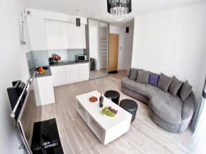 Apartment Luxury Black&White