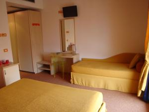 Hotel Cleofe, Hotely  Caorle - big - 11