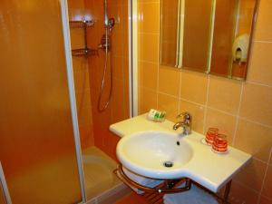 Hotel Cleofe, Hotely  Caorle - big - 13