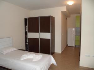 Sun & Sea Apartments, Apartments  Sunny Beach - big - 5