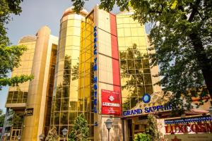 Отель Grand Sapphire, Алматы