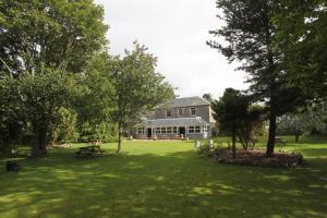 Columba House Hotel & Garden Restaurant
