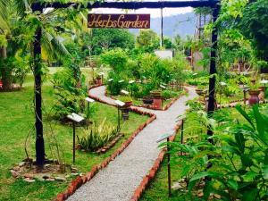 Langkawi Lagoon Resort Honeymoon Suite by De Lagoon, Üdülőtelepek  Kampung Padang Masirat - big - 81