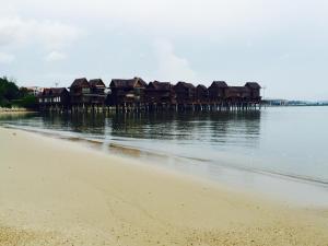 Langkawi Lagoon Resort Water Chalet by De Lagoon, Üdülőközpontok  Kampung Padang Masirat - big - 59