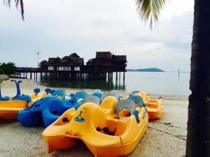 Langkawi Lagoon Resort Water Chalet by De Lagoon, Üdülőtelepek  Kampung Padang Masirat - big - 58