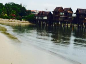 Langkawi Lagoon Resort Water Chalet by De Lagoon, Üdülőtelepek  Kampung Padang Masirat - big - 56