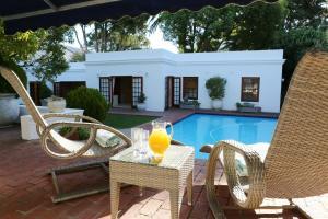 Кейптаун - Constantia Garden Suites