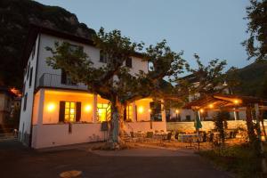 La Pignatta - Hotel - Arogno