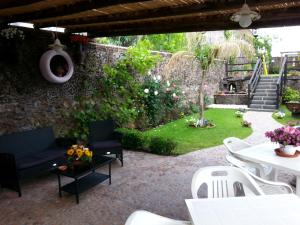 Etma, Bed and Breakfasts  Sant'Alfio - big - 59