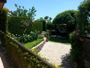 Etma, Bed and Breakfasts  Sant'Alfio - big - 47