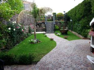 Etma, Bed and Breakfasts  Sant'Alfio - big - 43