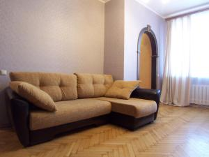Intermark Patriarch's ponds apartments