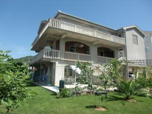 Apartment Villa Dobrijevic -Seljanovo