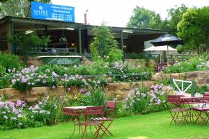 Lake Clarens Guest House, Penzióny  Clarens - big - 21