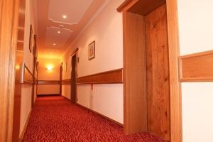Comfort Double Room with Balcony Hotel Edelweiß Garni