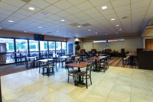 Wyndham Garden Detroit Metro Airport, Hotel  Romulus - big - 22