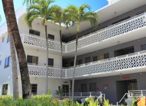 Hotel Gaythering- Adult Only Miami Beach