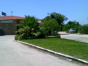 拉韋拉酒店 (Hotel La Vela)