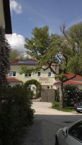 Hotel Villa Rosa, Hotels  Allershausen - big - 29