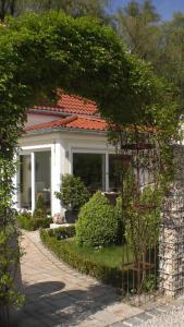 Hotel Villa Rosa, Hotels  Allershausen - big - 36