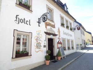 (Hotel-Gasthof Rotgiesserhaus)