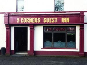 5 Corners Guest Inn