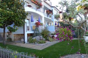 Villa Tina, Appartamenti  Porec - big - 28