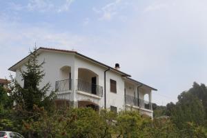House in Caramagna, Apartments  Imperia - big - 1