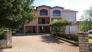 Apartaments Kadri