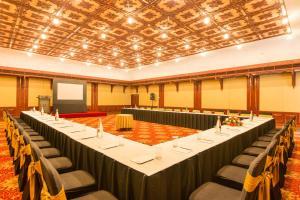 Price Casino Hotel - Cgh Earth, Cochin