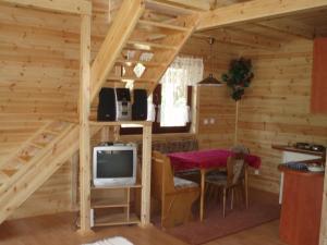 Leśny Zakątek, Lodge  Koscierzyna - big - 8