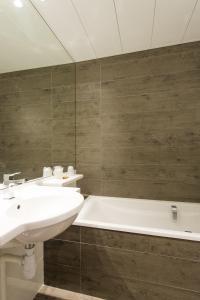 La Résidence, Hotely  Lyon - big - 19