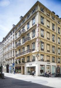 La Résidence, Hotely  Lyon - big - 35