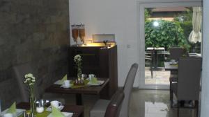 Hotel Villa Rosa, Hotels  Allershausen - big - 26