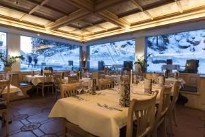 Hotel des Alpes, Szállodák  Flims - big - 102