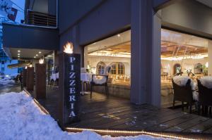 Hotel des Alpes, Szállodák  Flims - big - 90