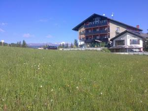 Aqua Reiki Ski Hotel Klippitz Nordost, Отели  Reichenfels - big - 37