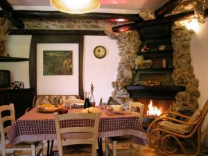 Umbria Volo Country Resort, Holiday homes  Montecastrilli - big - 11