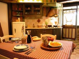 Umbria Volo Country Resort, Holiday homes  Montecastrilli - big - 13