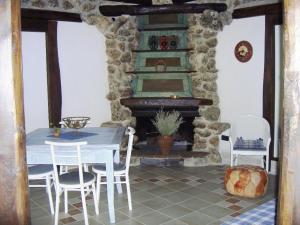 Umbria Volo Country Resort, Holiday homes  Montecastrilli - big - 42