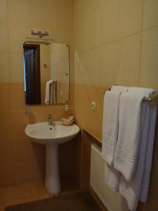 Гостиница Статус, Отели  Полтава - big - 15