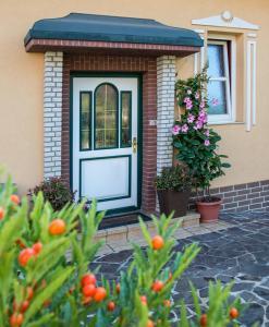 Ferienwohnung Familie Hartinger, Apartmány  Riegersburg - big - 9