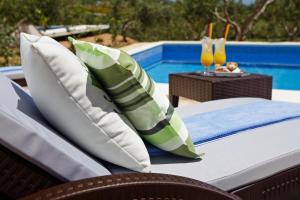 Holiday Homes Oliva, Case vacanze  Bol - big - 27
