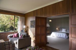 Netherdale Lodge