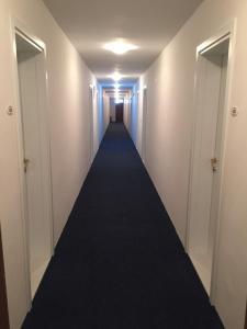 Hotel International - фото 9