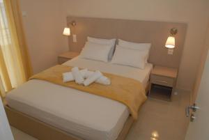 Eleni Kandilari Rooms