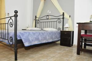 Anessis Apartments, Aparthotels  Fira - big - 105