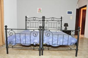 Anessis Apartments, Aparthotels  Fira - big - 80