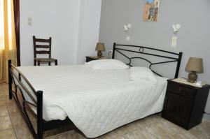 Anessis Apartments, Aparthotels  Fira - big - 78