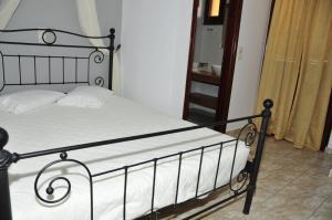 Anessis Apartments, Aparthotels  Fira - big - 21
